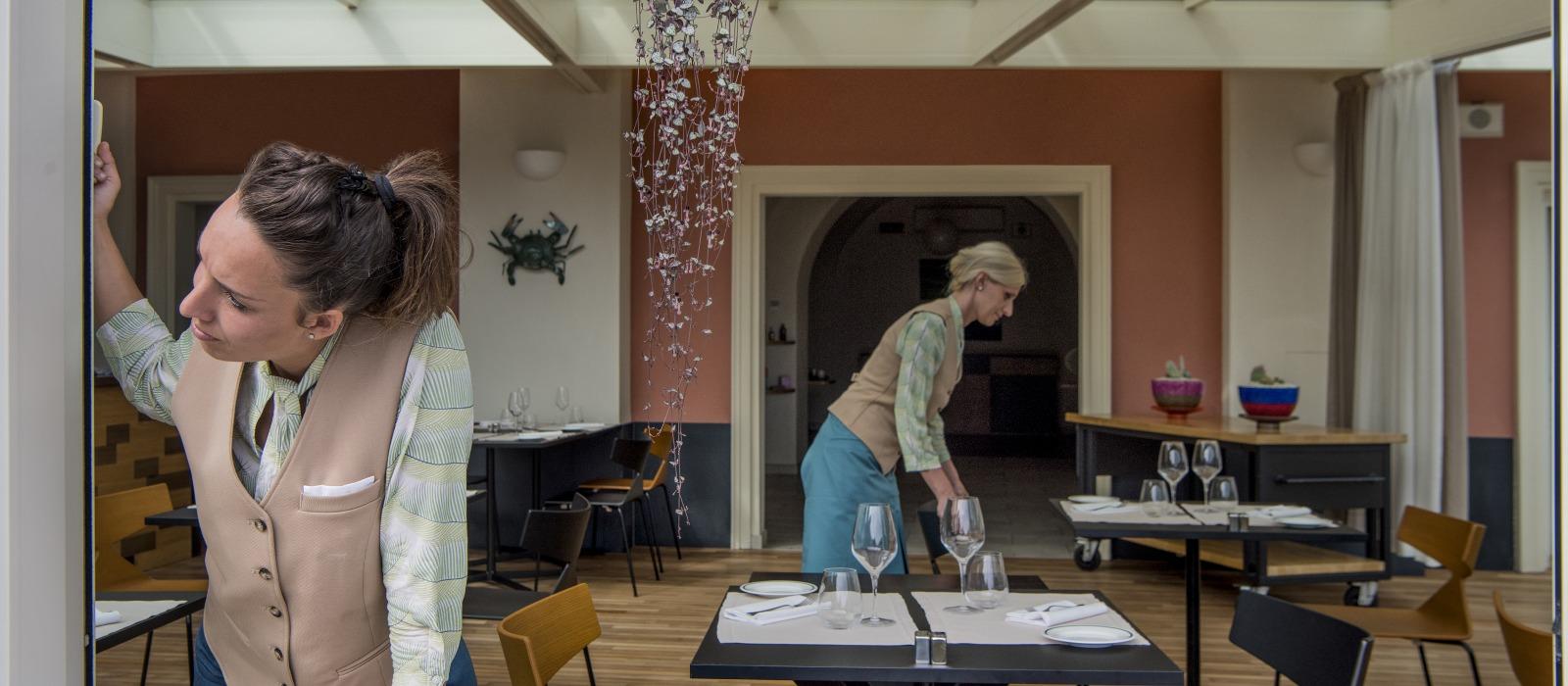 palmaria-ristorante-cameriere-2